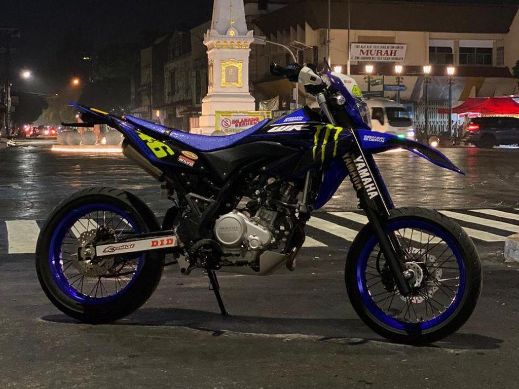 Modifikasi Yamaha WR155R Bergaya Supermoto Modal Rp 4 Jutaan