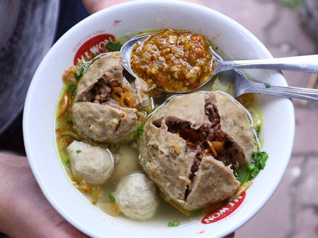 5 Bakso Enak di Bandung, Cobain Bakso Rudal hingga Cuanki Yuk!