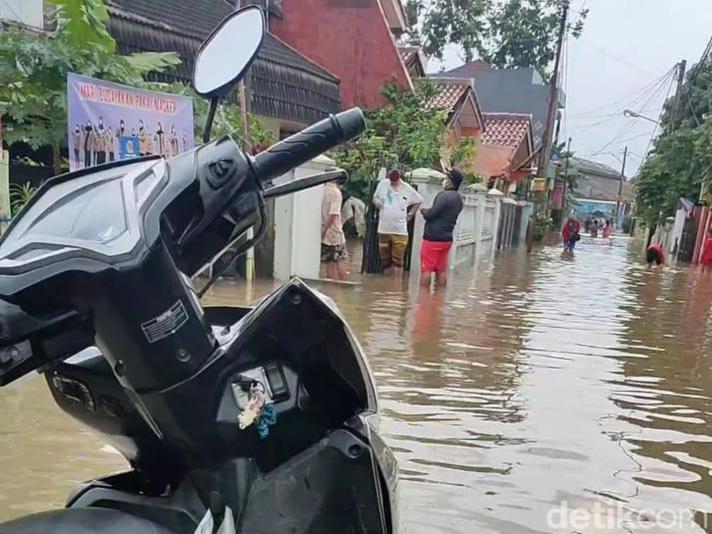 Jatimakmur Bekasi Banjir, Ketinggian Air Capai 80 Cm