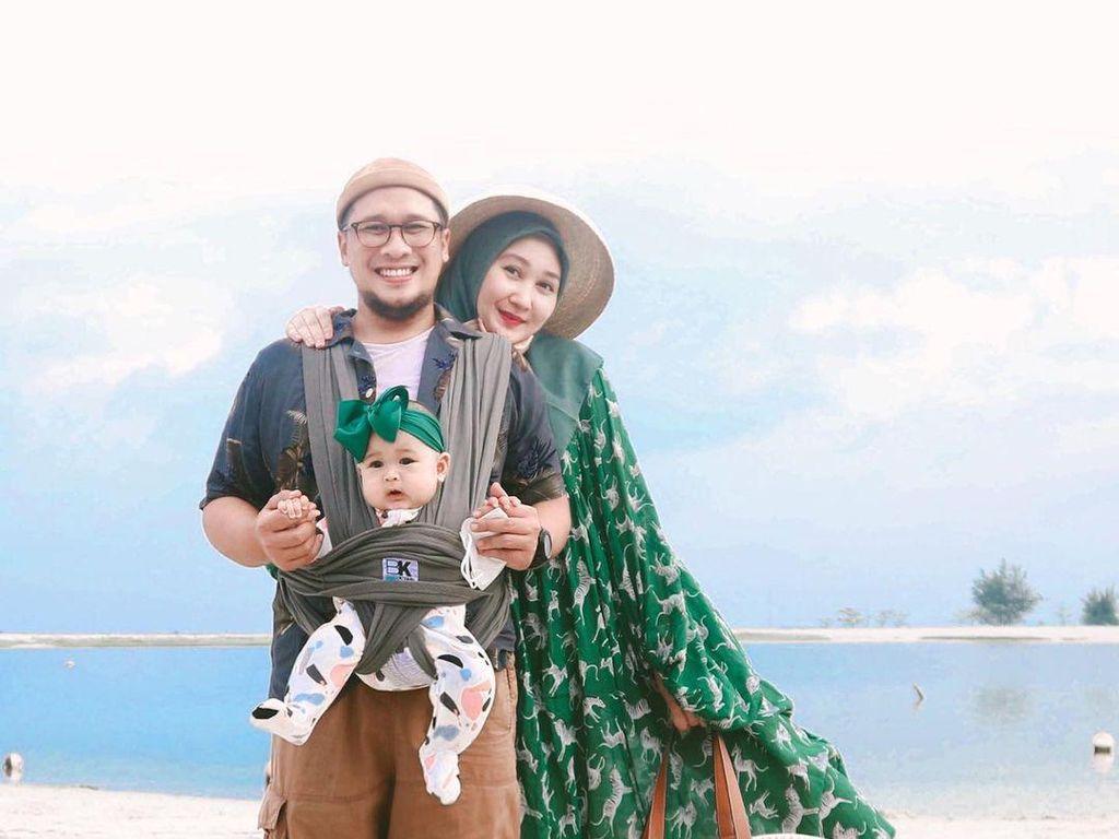 Dian Pelangi Panik Ngungsi karena Kebanjiran, Baju Suami Sampai Terbalik
