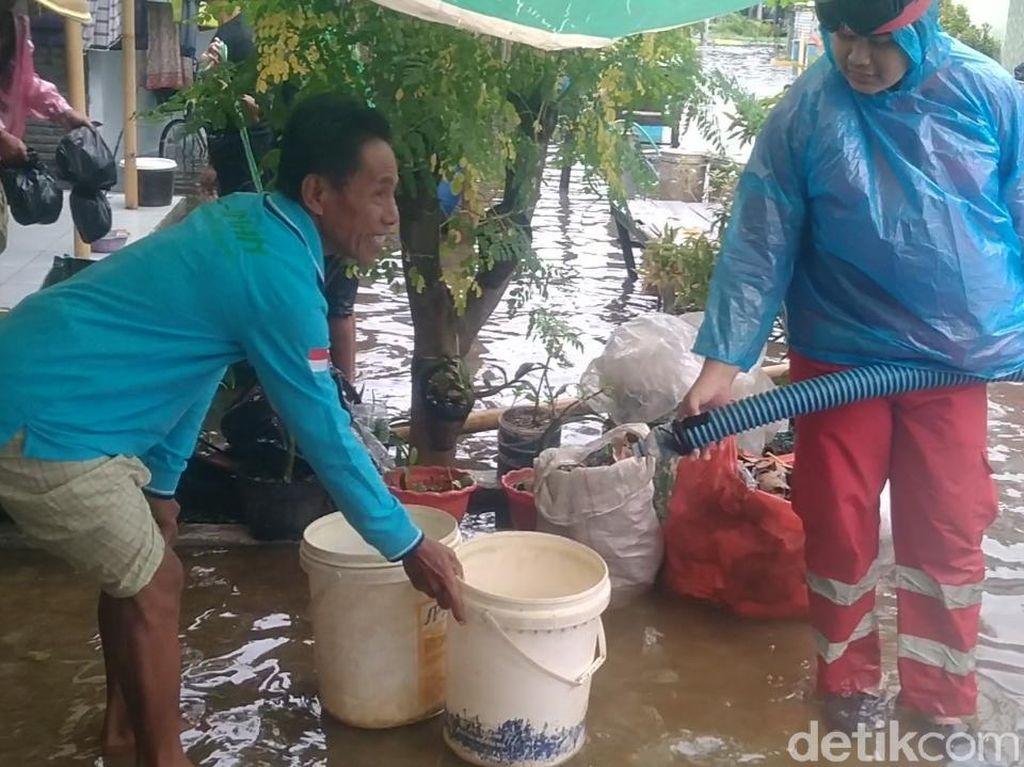 Curahan Hati Warga Pekalongan Kesulitan Air Bersih Gegara Banjir