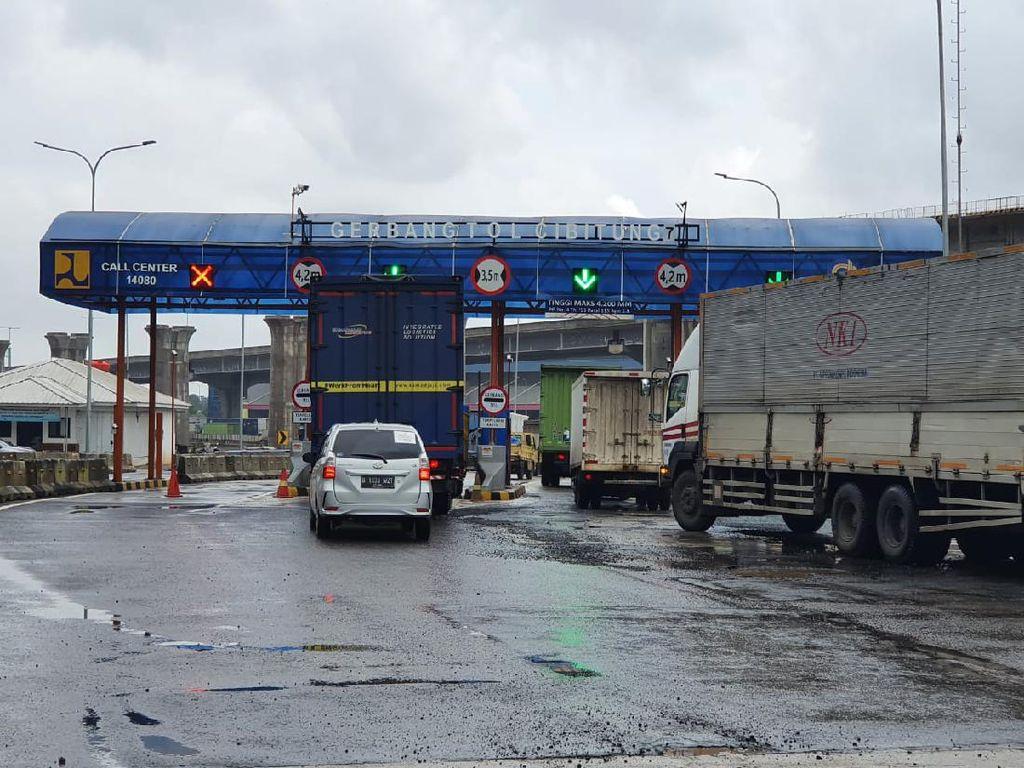 Libur Isra Mikraj,  4.665 Kendaraan Tinggalkan Jakarta Via Cikampek