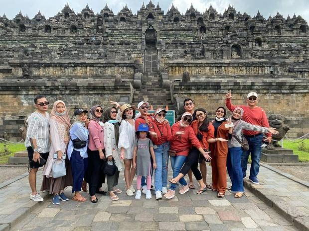 Keluarga Besar Ayu Ting Ting/instagram.com/ayutingting92