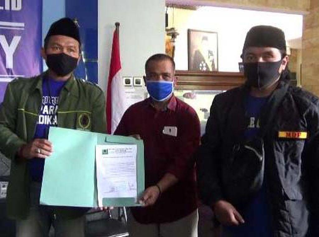 Barikade Gus Dur Malang Keberatan Elite PD Singgung Makam Gus Dur Dibiayai Negara