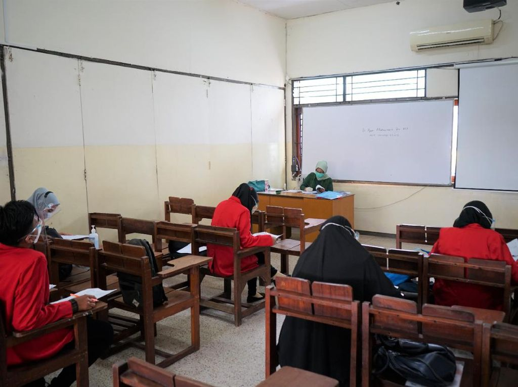Untag Surabaya Gelar Sertifikasi Profesi Bagi Calon Wisudawan