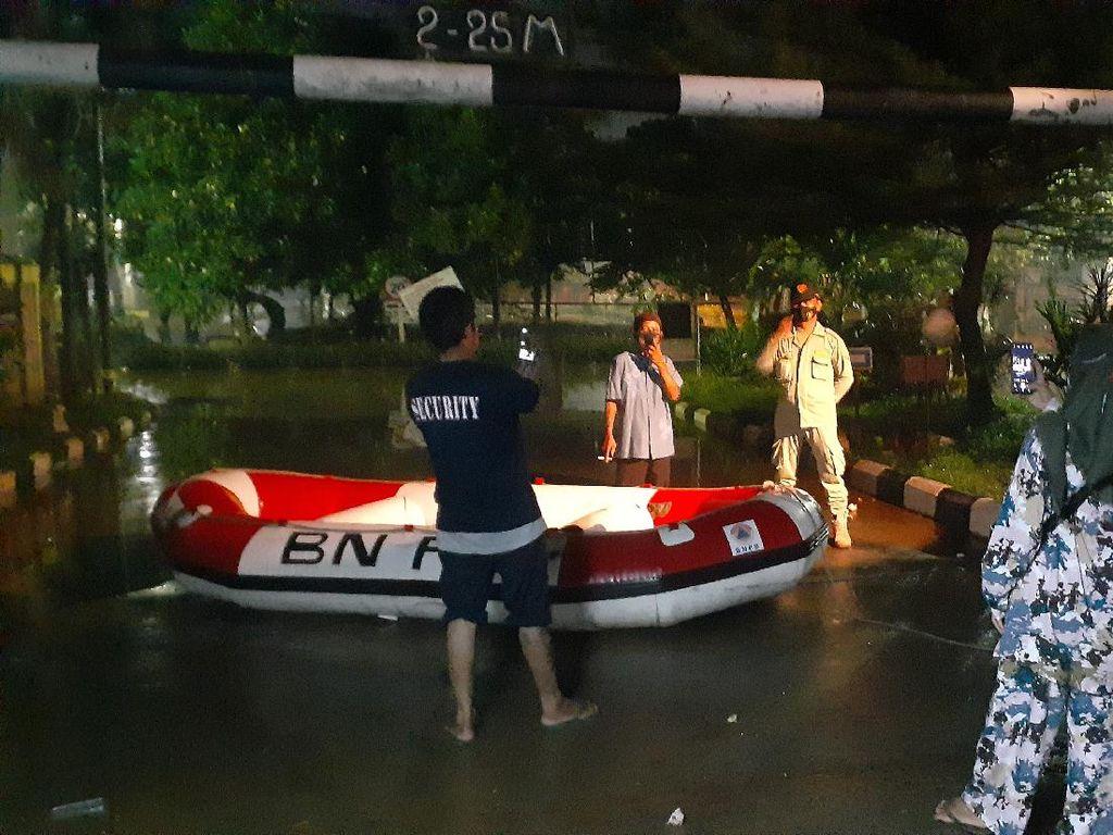 Banjir di Bumi Nasio Indah Bekasi Mulai Surut, Ketinggian Air 40 Cm