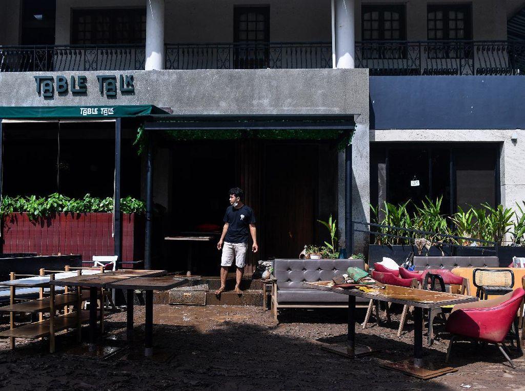 Kondisi Kemang Usai Banjir Surut