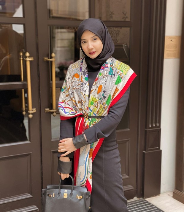 Zaskia Sungkar berdarah arab dari sang ayah Mark Sungkar/instagram.com/zaskiasungkar15