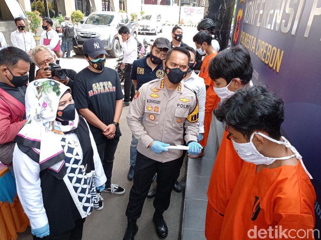 Tawuran Brutal Antar-gangster di Cirebon, 10 Pemuda Diringkus