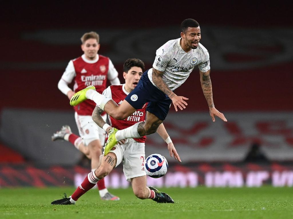 Guardiola Akui Arsenal Sangat Menyulitkan Man City