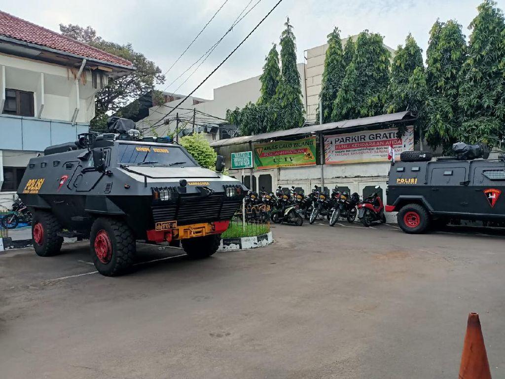 2 Kompi Polisi Amankan Sidang Praperadilan Habib Rizieq di PN Jaksel
