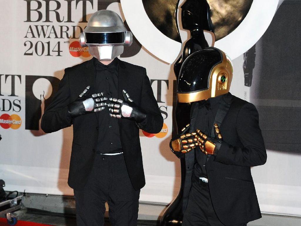 Ini Dia Sosok di Balik Helm Robot Daft Punk