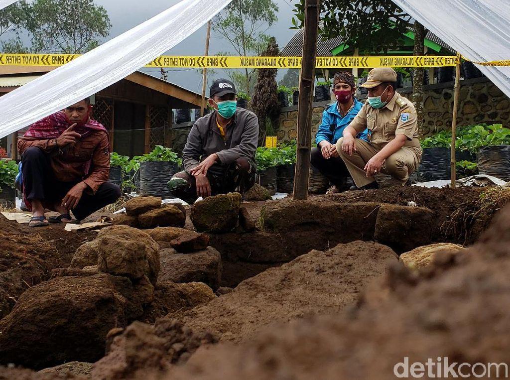Ini Situs Bersejarah yang Ditemukan di Kebun Strawberry Probolinggo