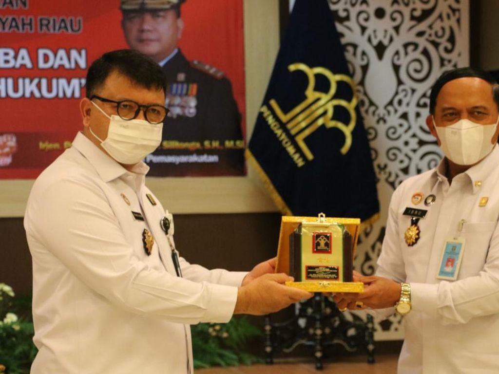Kemenkum HAM Riau Pecat 17 Pegawai Lapas Terlibat Peredaran Narkoba di Lapas
