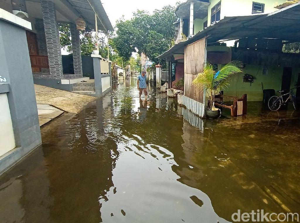Banjir di Kudus Berangsur Surut, Warga Mulai Pulang Usai Mengungsi 2 Pekan