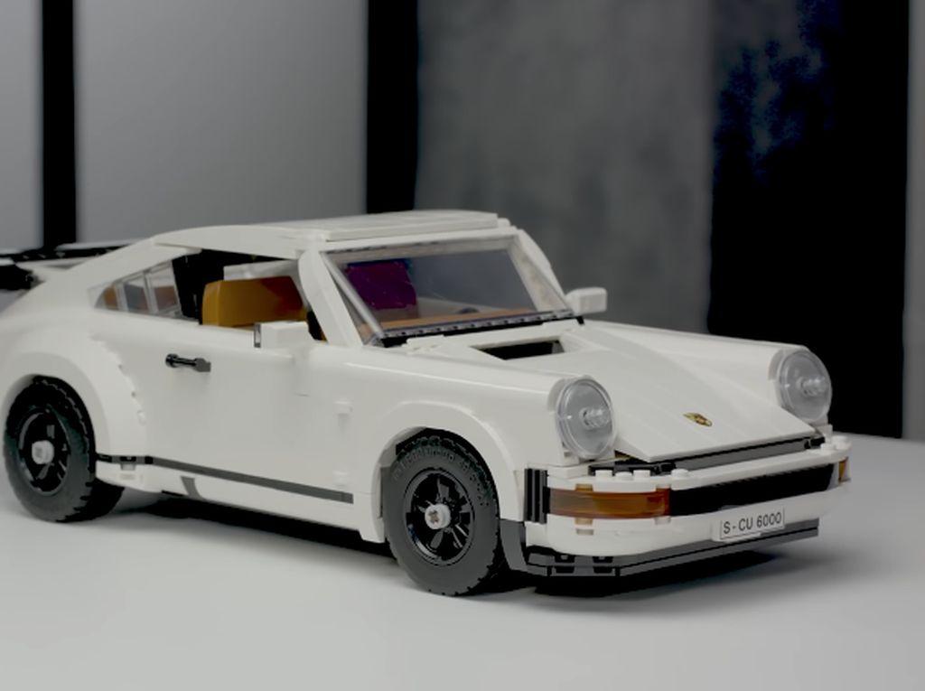 Lego Perkenalkan Miniatur Porsche 911 Versi Klasik 80-an