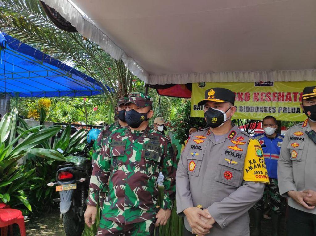 Pangdam Jaya: Tanggul Citarum Jebol Akan Ditutup Sementara Pakai Bambu-Batu