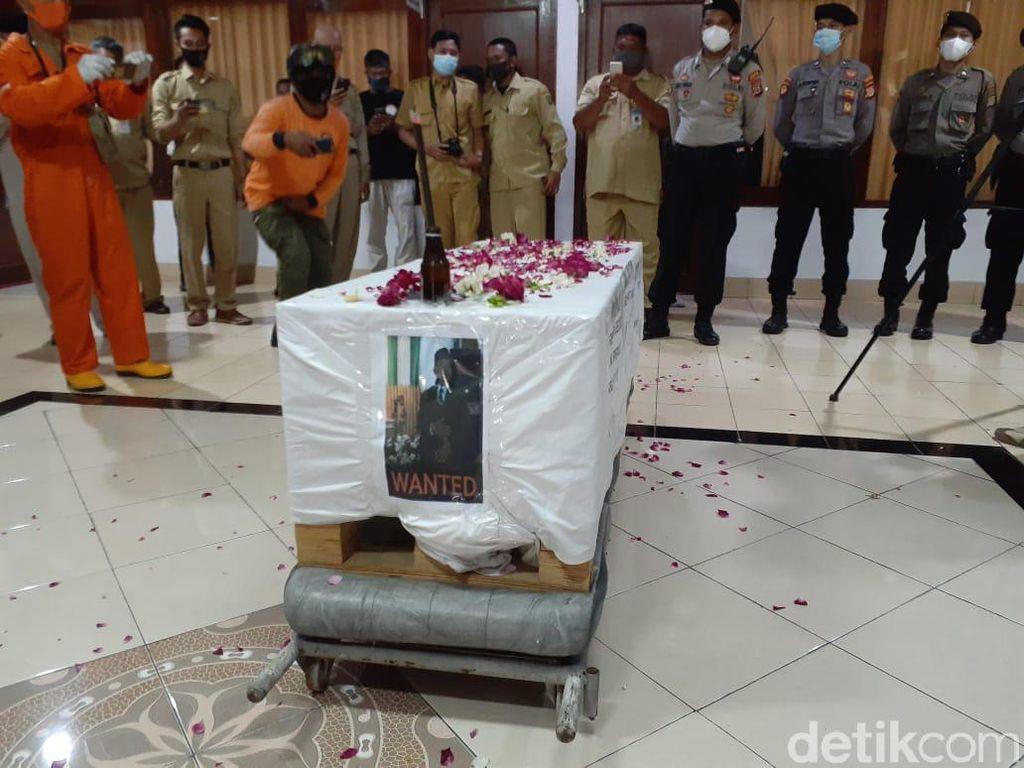 Polisi: Anggota DPRD Sebut Pemakaman Corona Bak Anjing Saat Pengajian