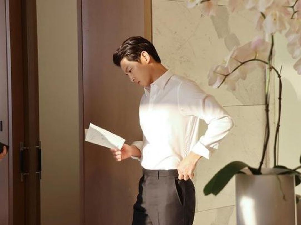 Momen Kuliner Song Joong Ki yang Main Drama Korea Terbaru Vincenzo