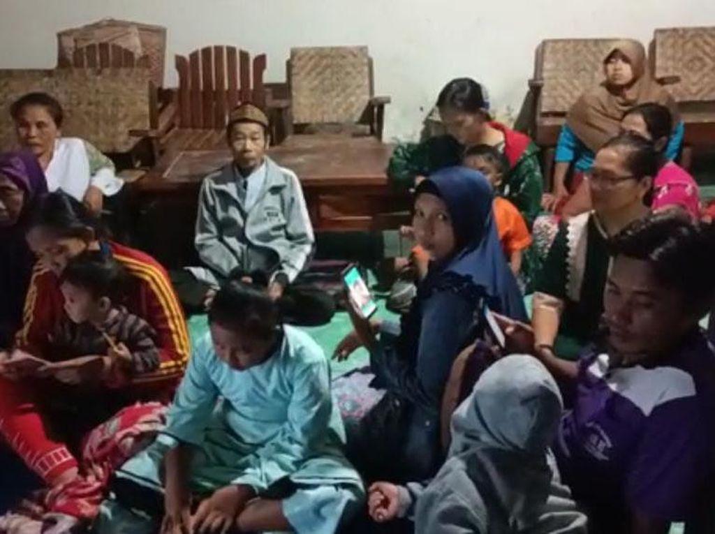 164 Pengungsi Tanah Retak di Nganjuk Butuh Bantuan