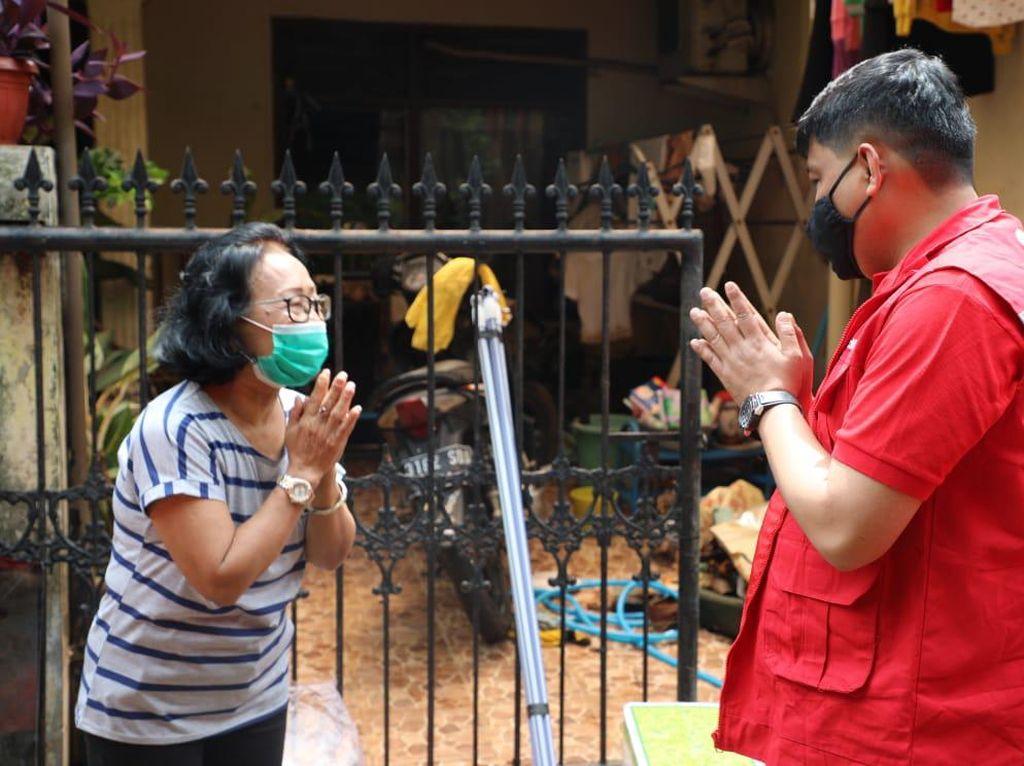 Direksi Telkom Beri Bantuan & Tinjau Lokasi Terdampak Banjir Jakarta