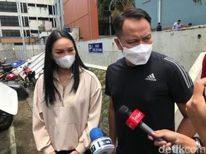 Vicky Prasetyo Sebut Hubungan Kalina Oktarani dan Sang Ayah Tak Baik
