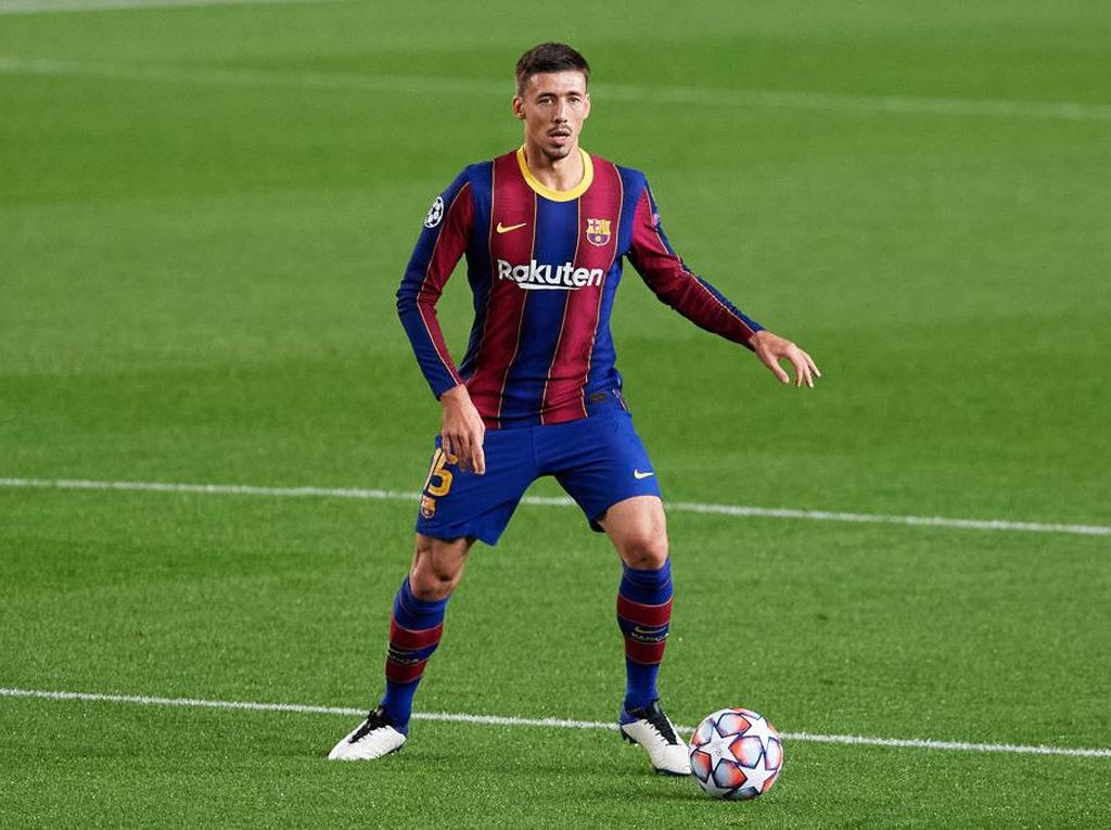 Clement Lenglet Dikritik, Barcelona Harusnya Membela