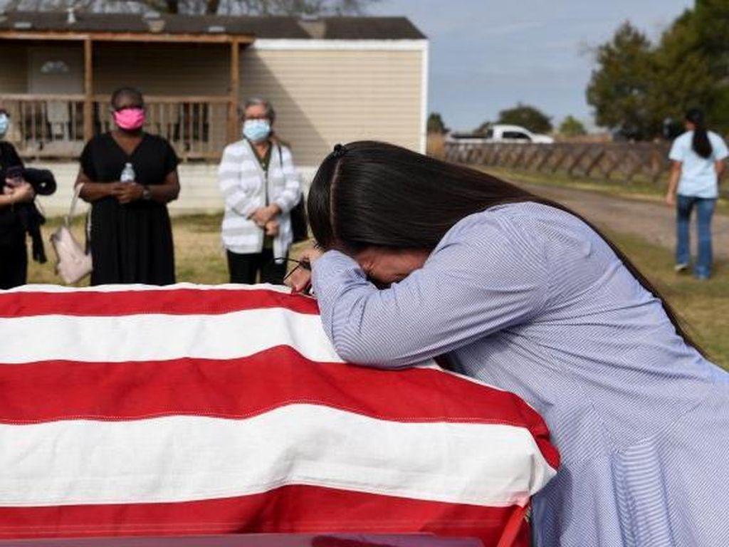Corona Renggut 500 Ribu Nyawa Warga AS, Biden: Tonggak Sejarah yang Suram
