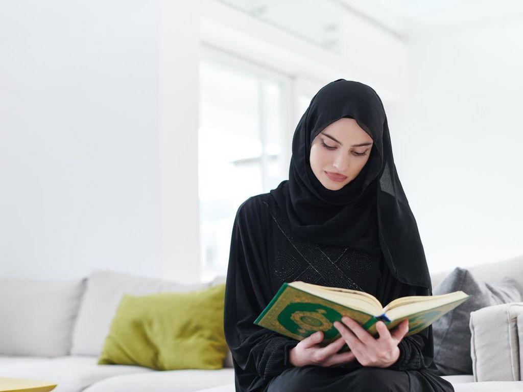 Surat Al Ahzab Ayat 59: Perintah Menutup Aurat bagi Wanita