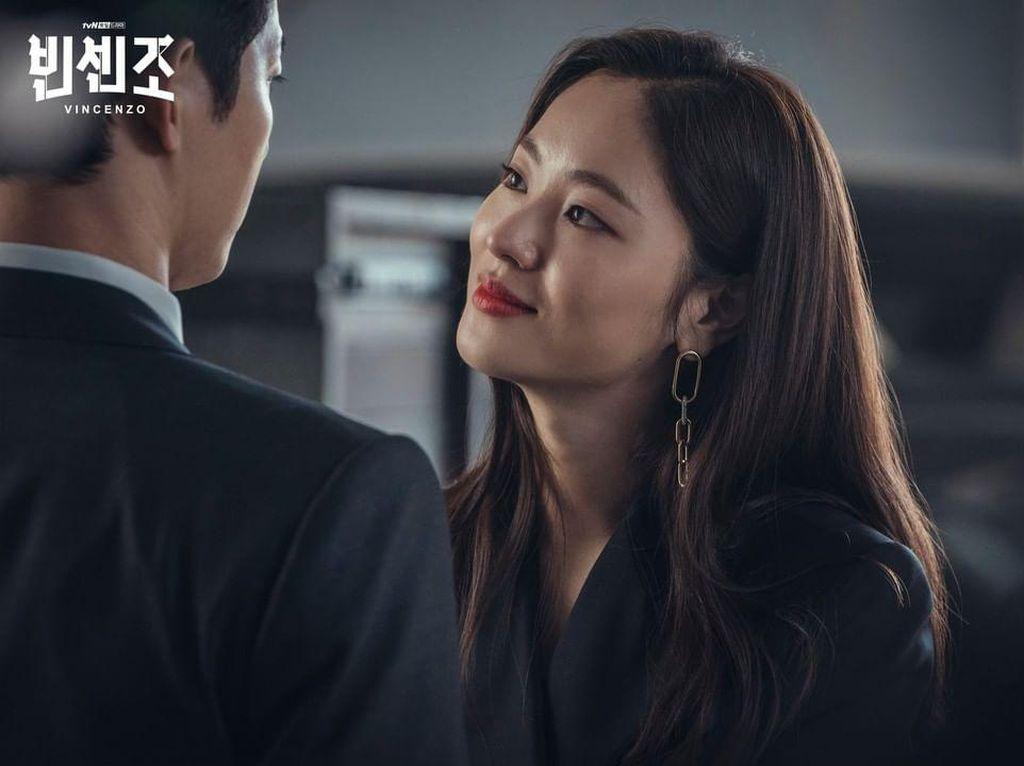 5 Hal tentang Jeon Yeo Bin, Partner Song Jong Ki di Vincenzo