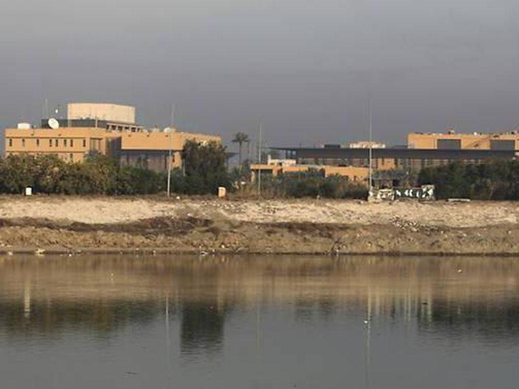 Serangan Roket Targetkan Kompleks Kedubes AS di Irak