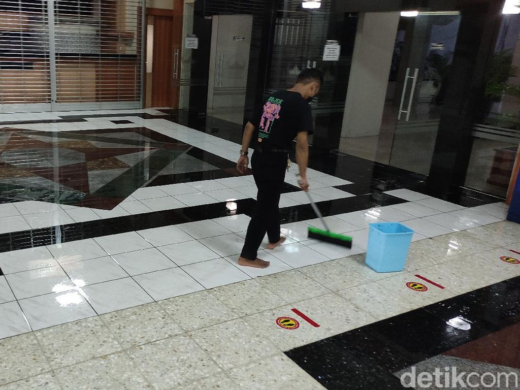 Banjir di Kompleks Kantor Gubernur Jateng dan Simpang Lima Mulai Surut