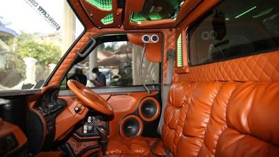 Keren! Petani di Bandung Modif Mobil Pickup seperti Tempat Dugem