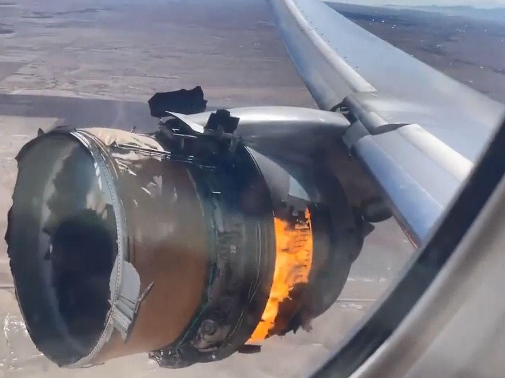 Ngeri! Begini Penampakan Terbakarnya Mesin Pesawat Boeing 777