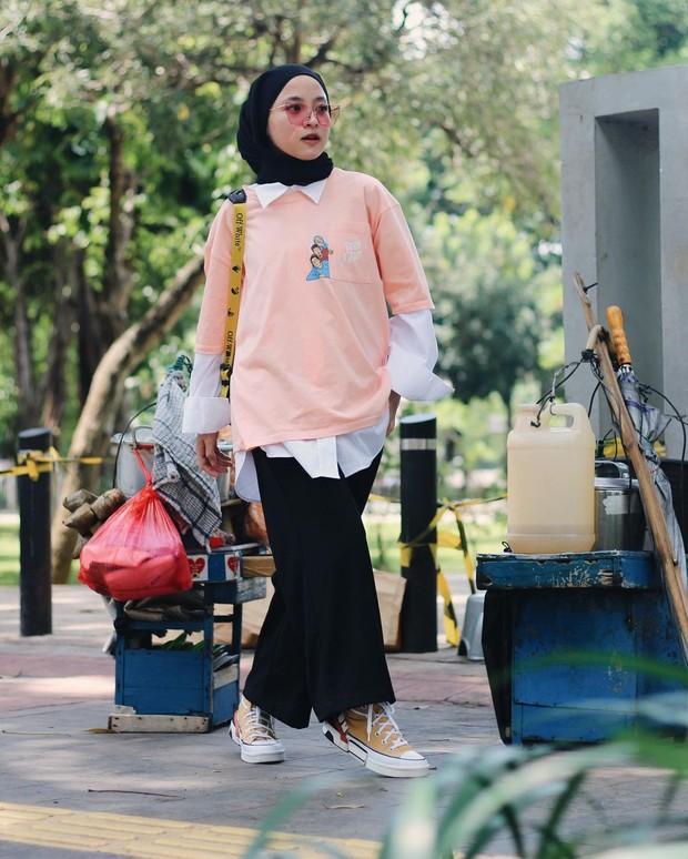 Nissa Sabyan tampil dengan gaya casual/instagram.com/nissa_sabyan