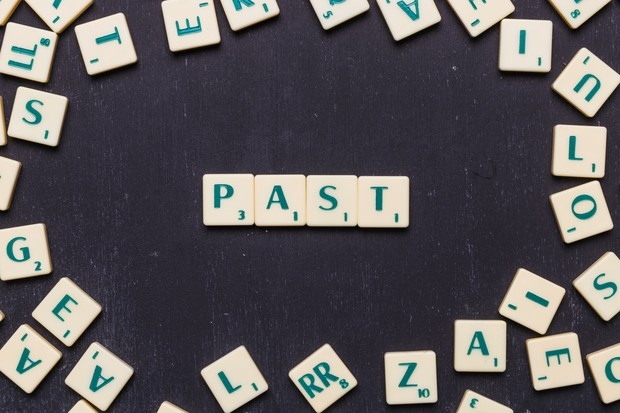masa lalu merupakan pengalaman yang dapat mempengaruhimu.