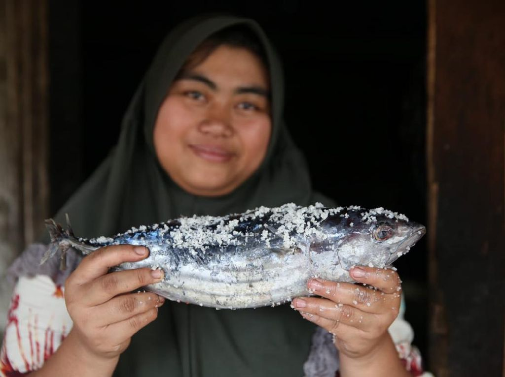Ikan Pindang Datangkan Cuan Belasan Juta