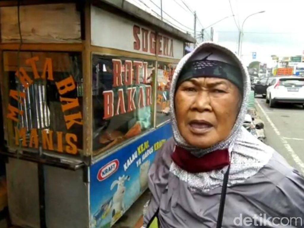 PKL di Lembang Keluhkan Aturan Bongkar Pasang Tenda Selama PPKM Mikro