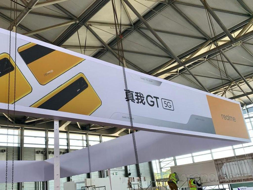 Realme GT Dipamerkan di MWC Shanghai
