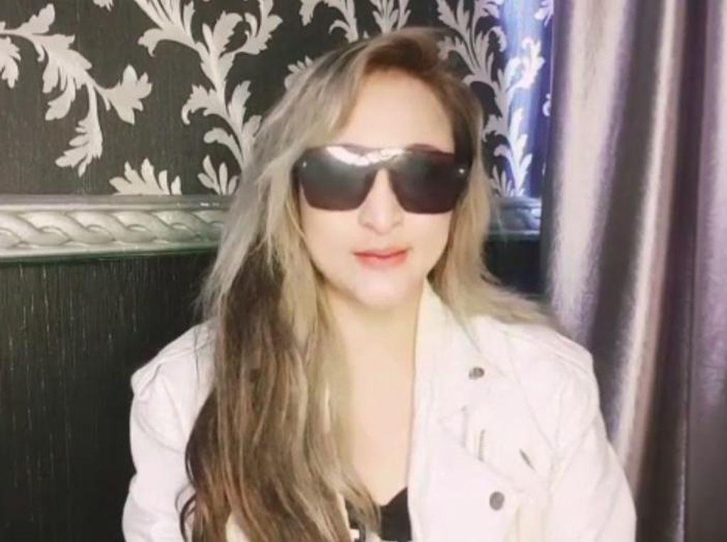 Ditangkap karena Narkoba, Rinada Minta Maaf