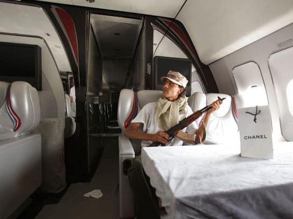 Rupa Istana Terbang Muammar Khadafi