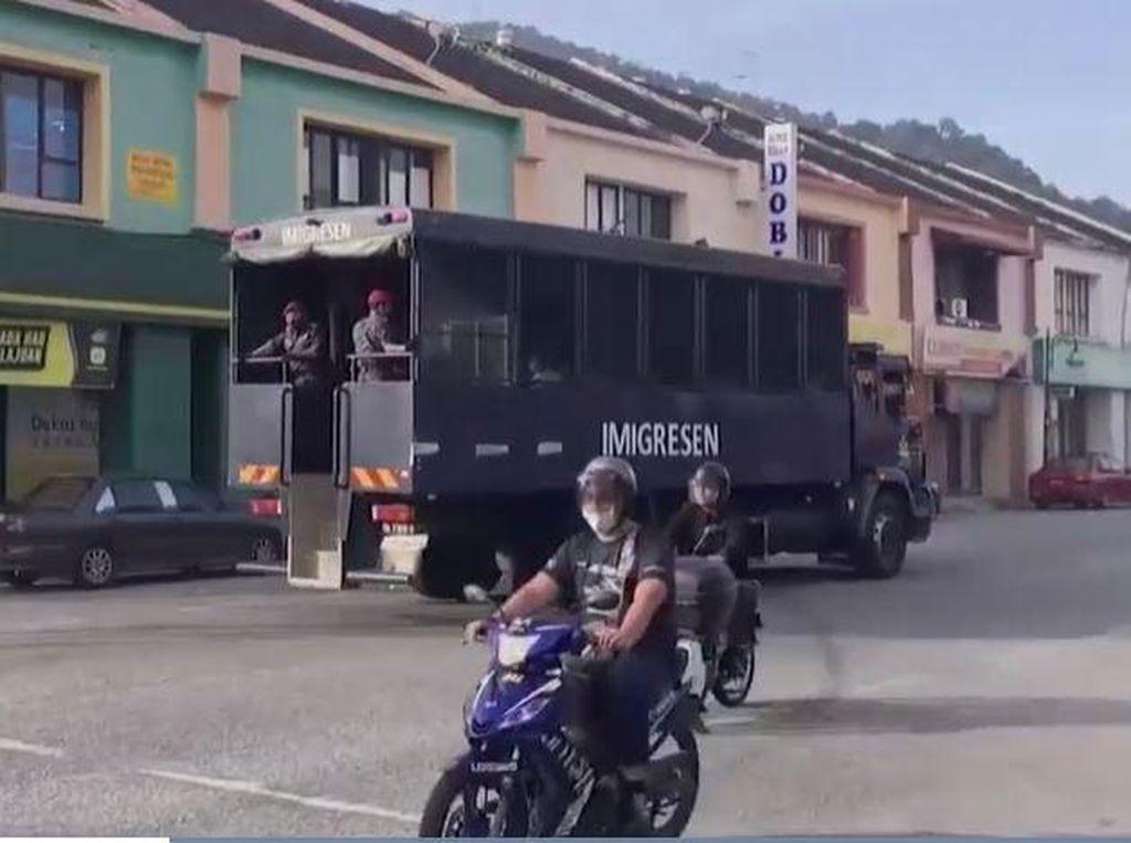Dikritik, Malaysia Tetap Deportasi 1.000 WN Myanmar