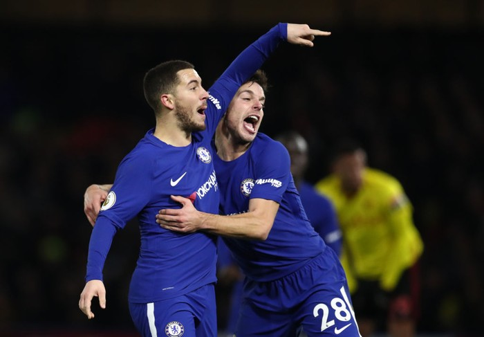 WATFORD, ENGLAND - FEBRUARY 05: Eden Hazard and Cesar Azpilicueta of Chelsea celebrate during the Premier League match between Watford and Chelsea at Vicarage Road on February 5, 2018 in Watford, England. (Photo by Catherine Ivill/Getty Images)