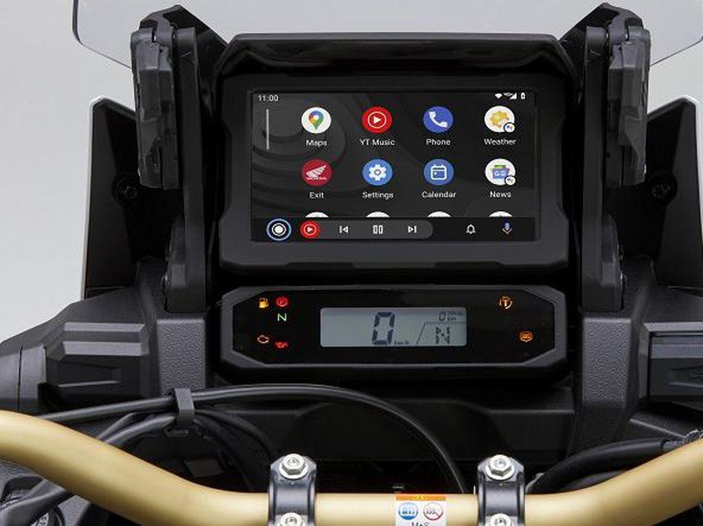 Honda Africa Twin Kini Dilengkapi Fitur Android Auto