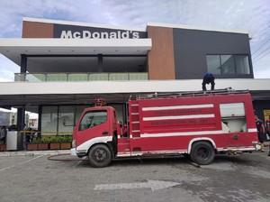 Gedung Restoran Cepat Saji di Gorontalo Terbakar, Api Berasal dari Lantai 2
