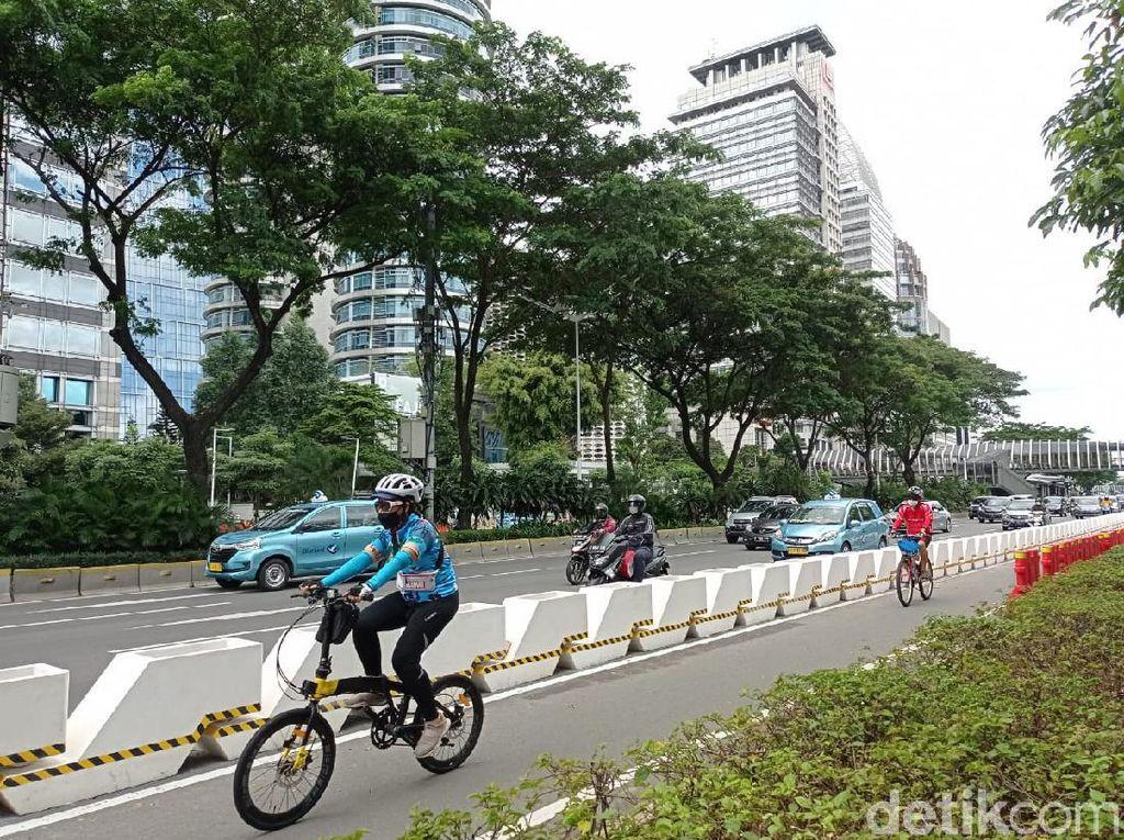 Jalur Sepeda Permanen di Jl Sudirman Dibuat Bertema Sabuk Nusantara
