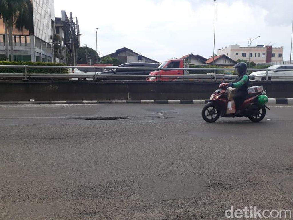 Jl MT Haryono-Gatsu Rusak, Bina Marga Jaksel Koordinasi dengan Pihak LRT