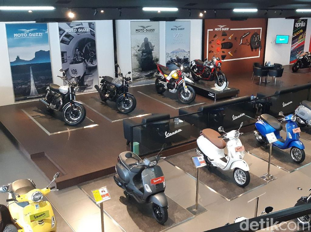 Ketika Moto Guzzi, Piaggio, Vespa, dan Aprilia Jadi Satu Atap di Jakarta