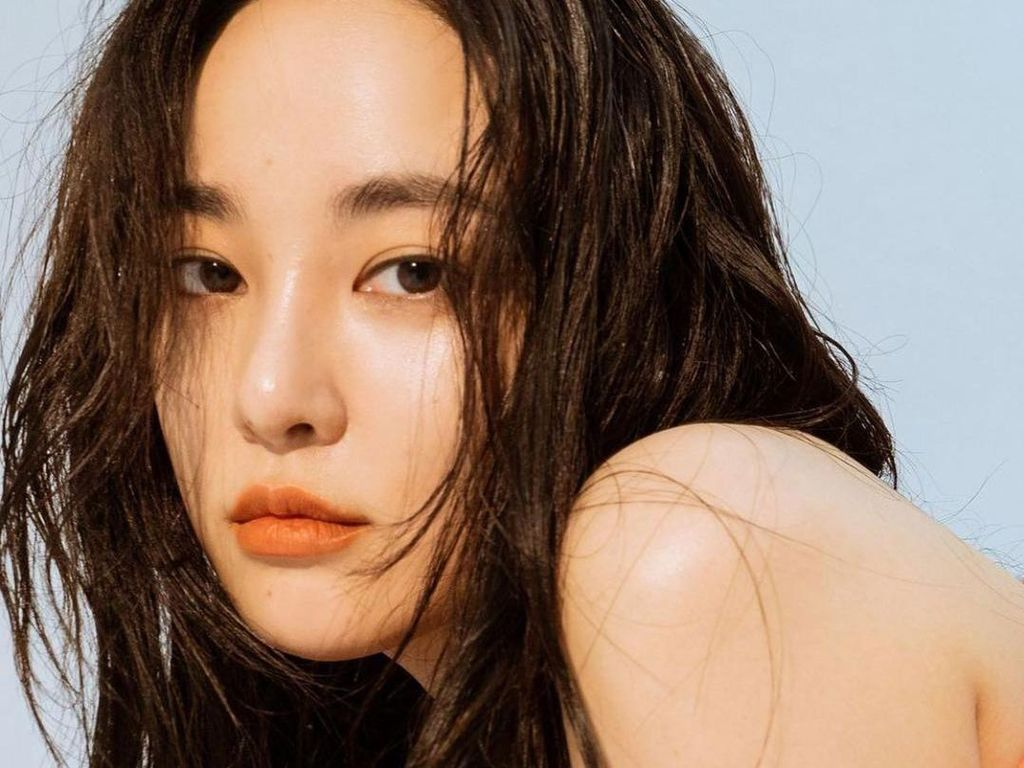 Sebelum Jennie Blackpink, 7 Artis Cantik Ini Digosipkan Jadi Pacar G-Dragon