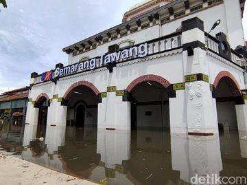 Penampakan Stasiun Tawang Semarang yang Kebanjiran Lagi